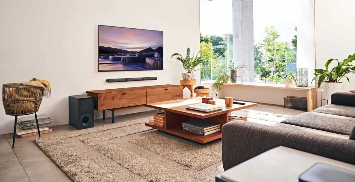 Sony HT-S40R: a wireless home cinema system