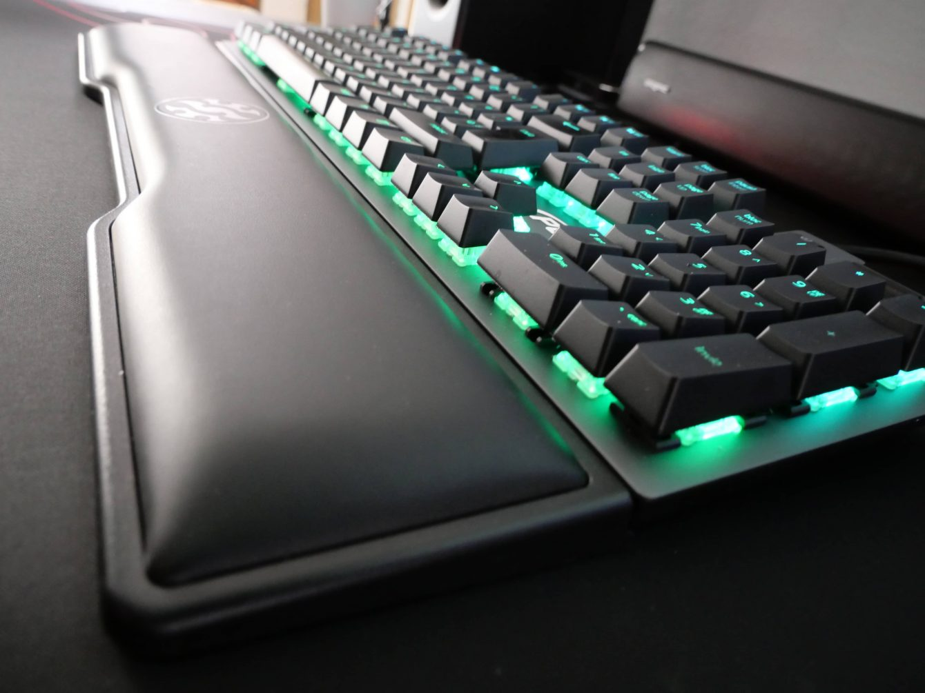 XPG SUMMONER review: the keyboard you don't expect
