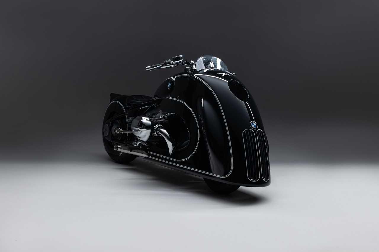 BMW Motorrad presents the new R 18 custom