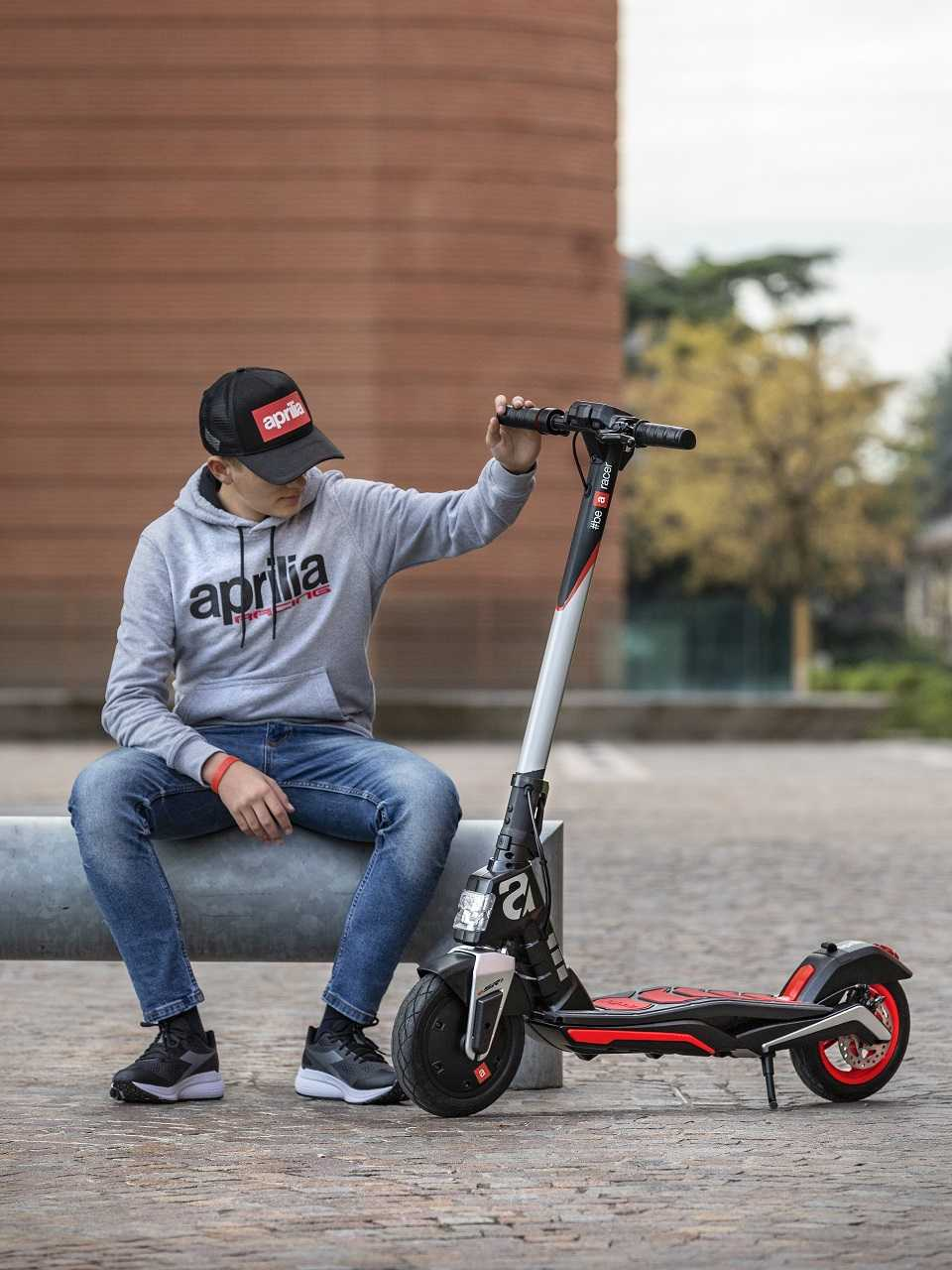 Aprilia eSR1: here is the first electric scooter of the Italian company