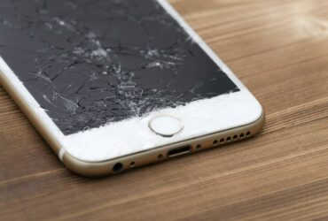 Repair iPhone: screen, touchscreen and back up