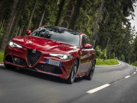 """Alfa Romeo Giulia Quadrifoglio elected """"Sports Car of the Year"""""""