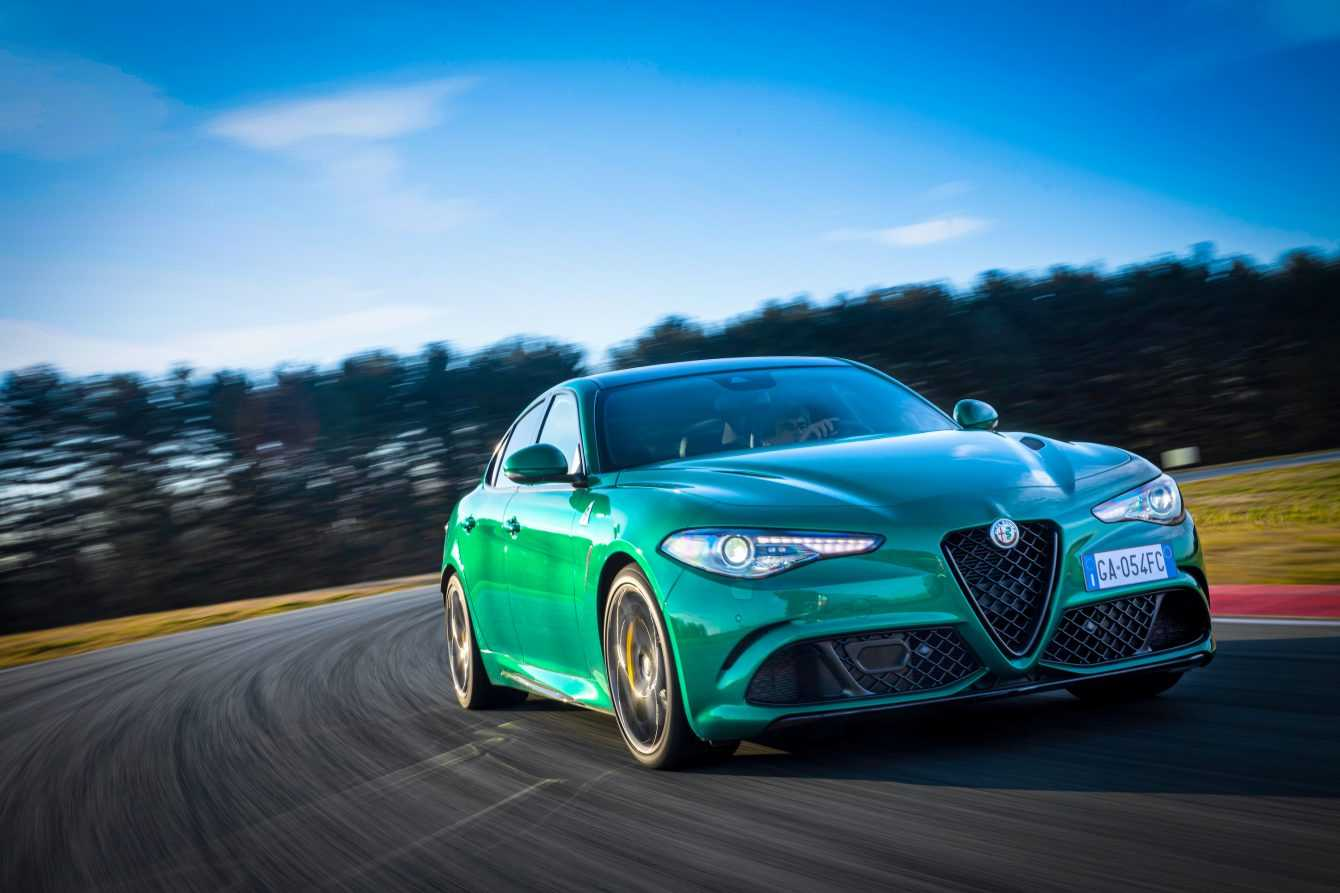 "Alfa Romeo Giulia Quadrifoglio elected ""Sports car of the year"""