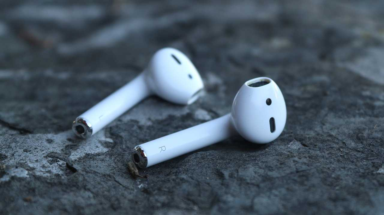 History of the microbattery that is revolutionizing the production of earphones
