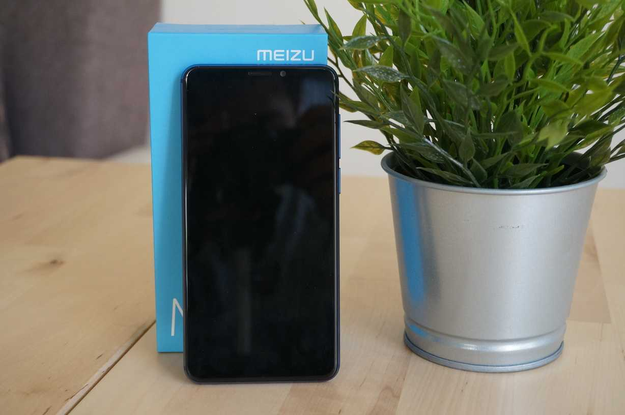 Meizu M8 review: direct attack on the entry-level range