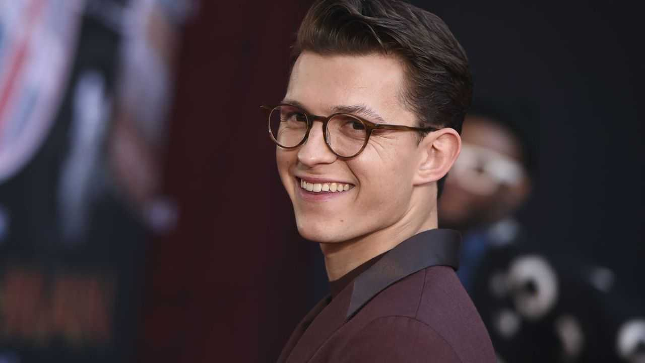 The Crowded Room: Tom Holland protagonist of the series