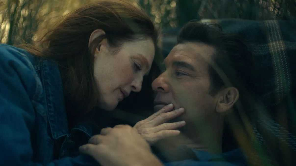 Lisey's Story: first photos of the series with Julianne Moore and Clive Owen