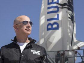Il volo spaziale di Jeff Bezos è riuscito thumbnail