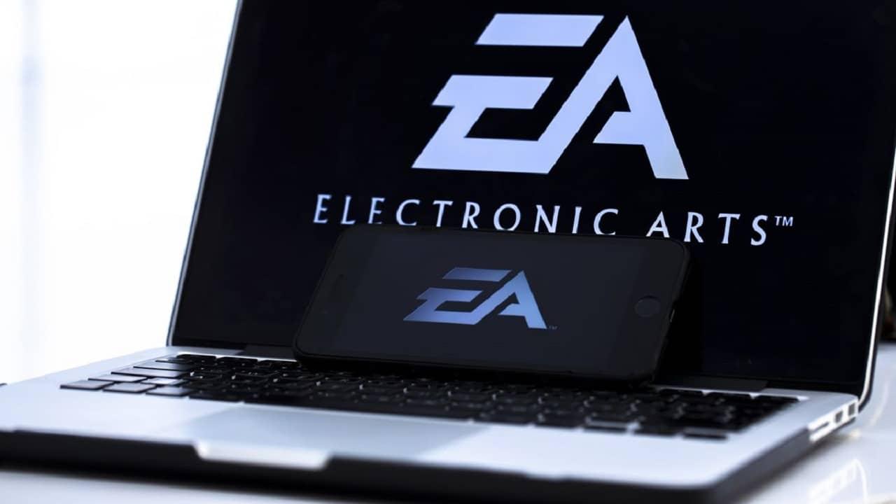 Electronic Arts non cede agli hacker: il codice sorgente di FIFA 21 è online thumbnail