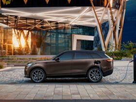 Range Rover Velar: si amplia la scelta grazie a nuovi elementi di design e tecnologia thumbnail