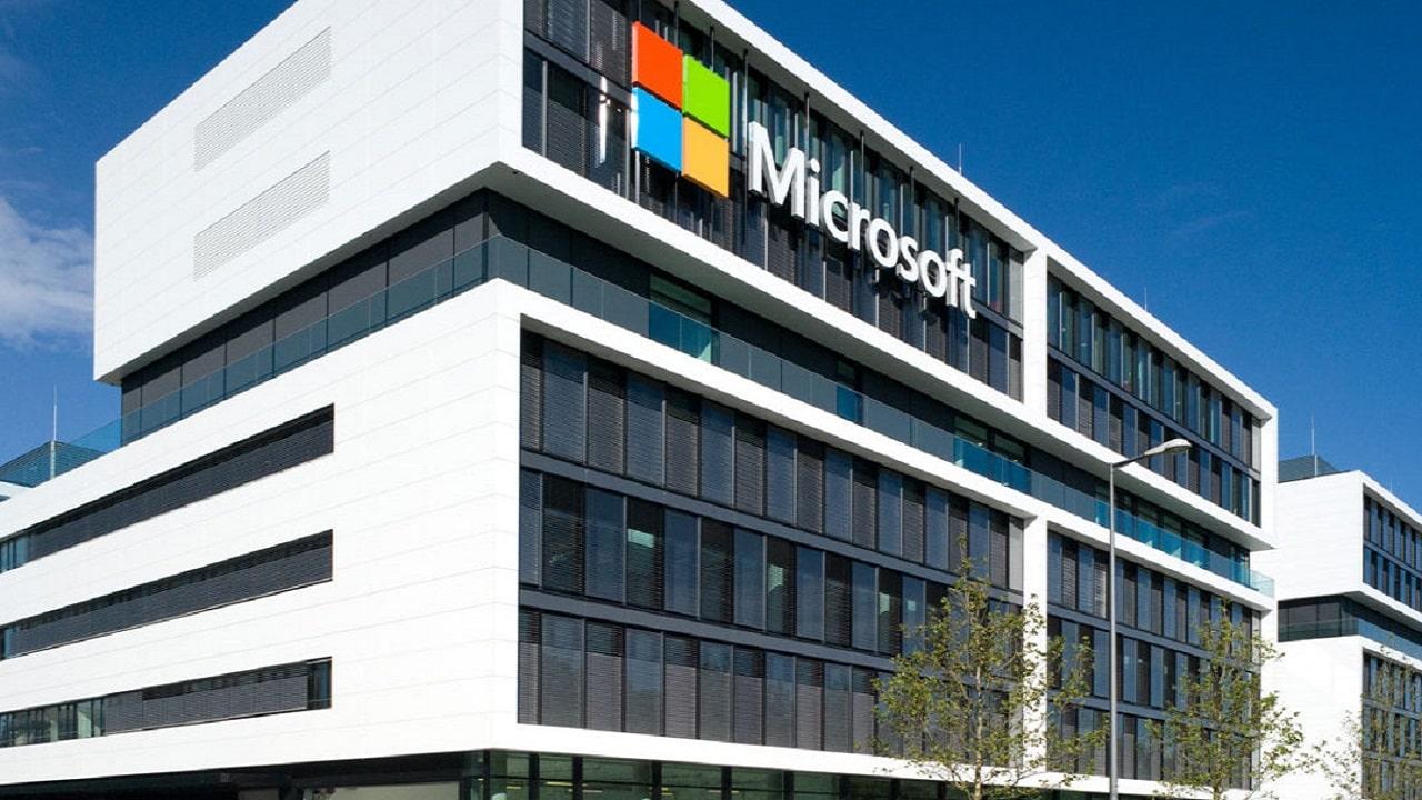 Microsoft: esposti migliaia di database cloud thumbnail