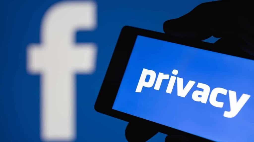 Facebook-privacy tracking