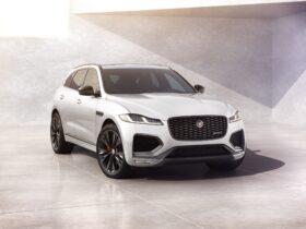 Jaguar F-Pace: tecnologie migliorate e nuovo modello R-Dynamic Black thumbnail