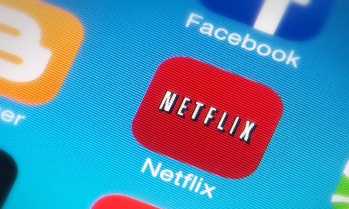 Netflix supporta nuovi smartphone OPPO e OnePlus: arrivano video HD e HDR10 thumbnail