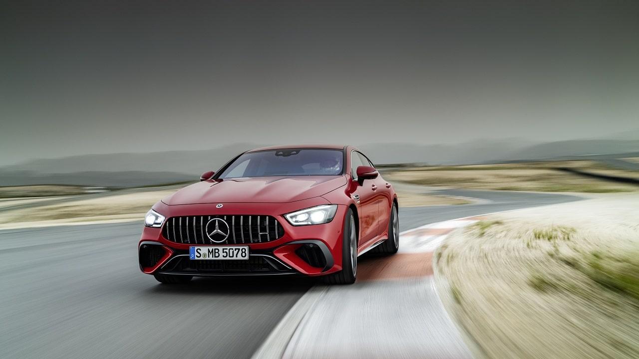 La Mercedes-AMG più potente di sempre ha 4 porte, è ibrida e ha ... 843 CV: ecco la nuova GT 63 AMG S E Performance thumbnail
