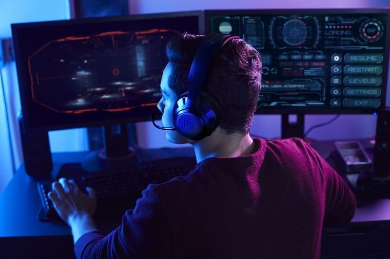 jbl quantum 350 cuffie da gaming-min