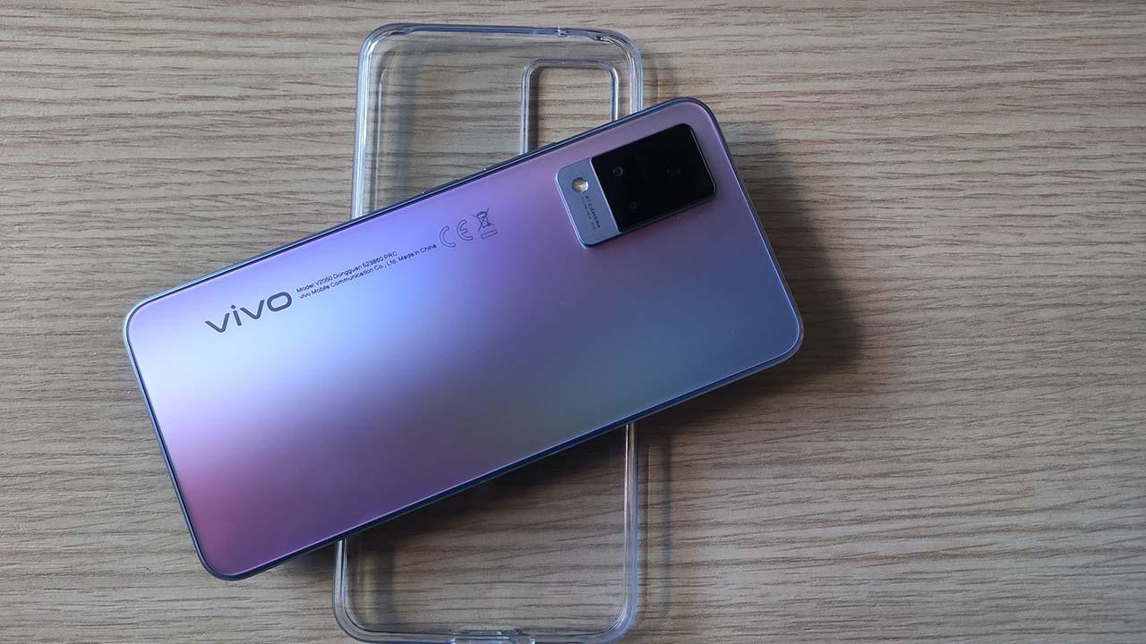 La recensione di Vivo V21 5G: pronti per le dirette Instagram thumbnail