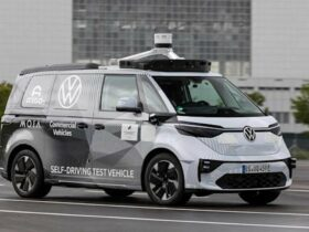 Volkswagen ID.Buzz, in test il minivan elettrico a guida autonoma thumbnail