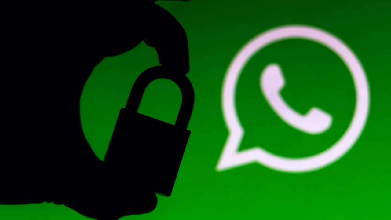 WhatsApp legge i messaggi delle nostre chat thumbnail