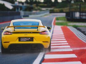 Nasce il Porsche Experience Center Franciacorta: il circuito bresciano è la nuova casa di 911 e Taycan thumbnail