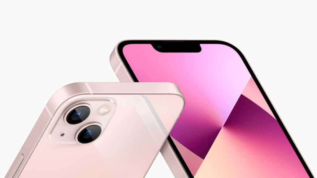 iPhone 13 display