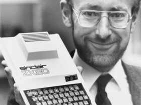 Addio a Clive Sinclair, il papà del computer ZX Spectrum thumbnail