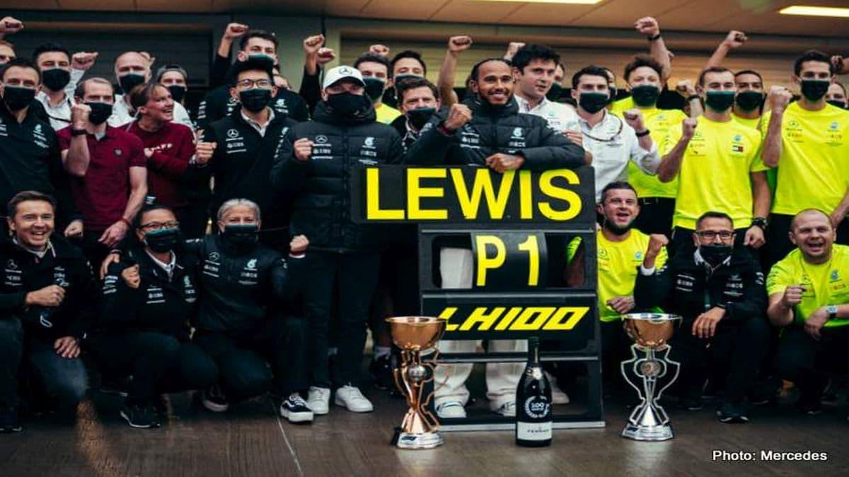 Lewis Hamilton è nella leggenda: arriva la centesima vittoria in Formula 1 thumbnail
