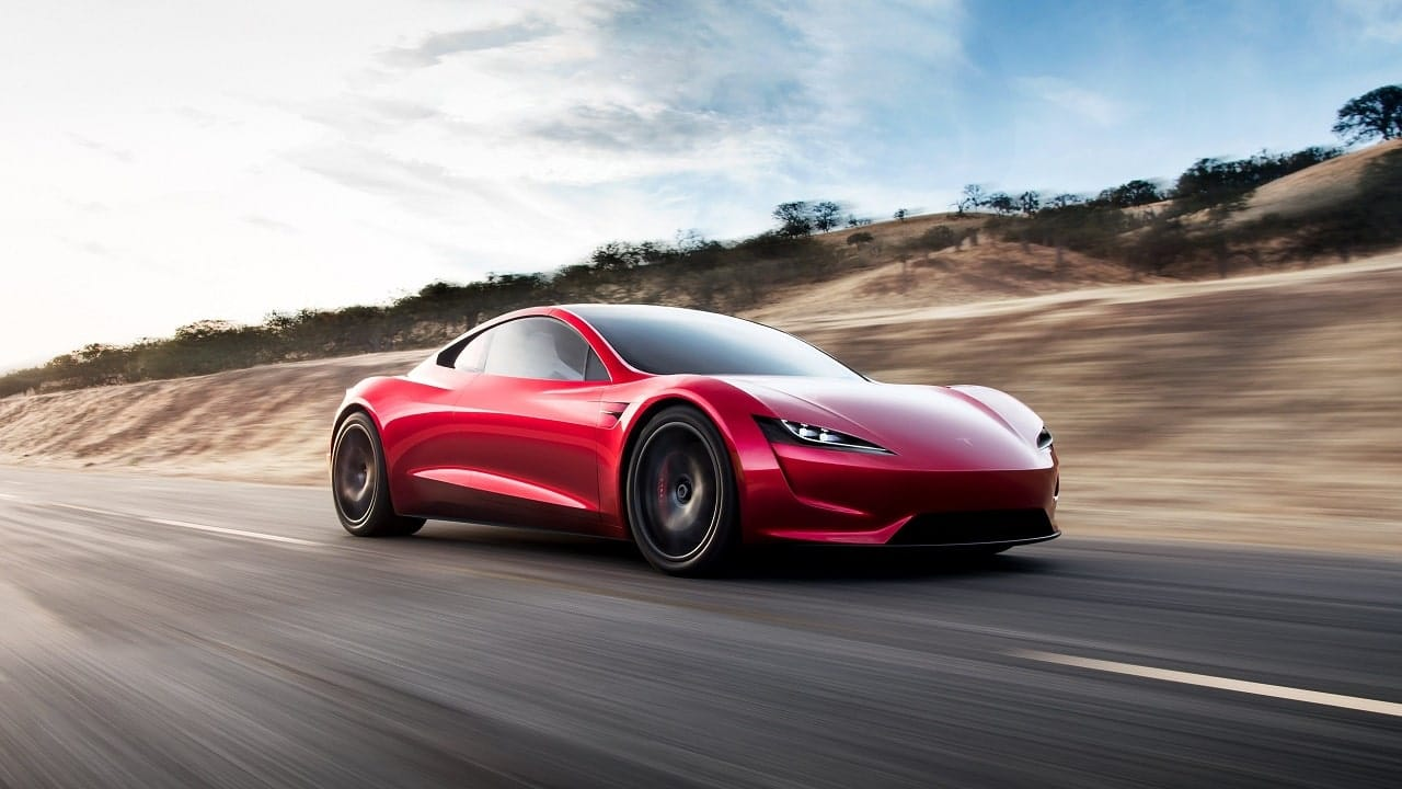 "Elon Musk: Tesla Roadster ""dovrebbe arrivare"" nel 2023 thumbnail"