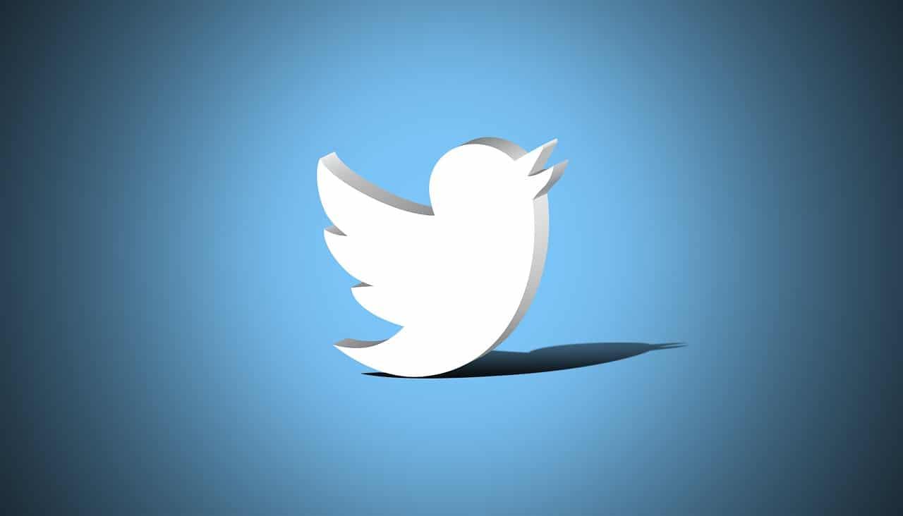 Twitter: è di nuovo possibile ottenere la verifica all'account thumbnail