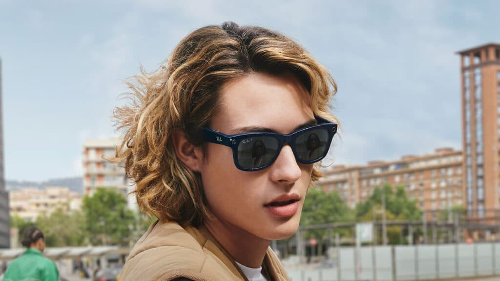 Ray-Ban Stories smart glasses Facebook