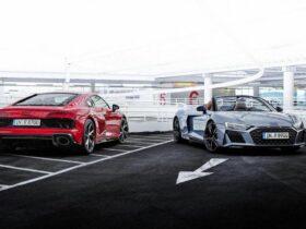 Audi presenta la R8 V10 Performance RWD, una nuova versione per i veri intenditori thumbnail