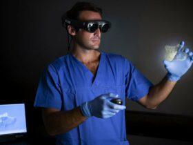 Stampa 3D e tecnica olografica per interventi odontoiatrici sempre più sicuri e precisi thumbnail