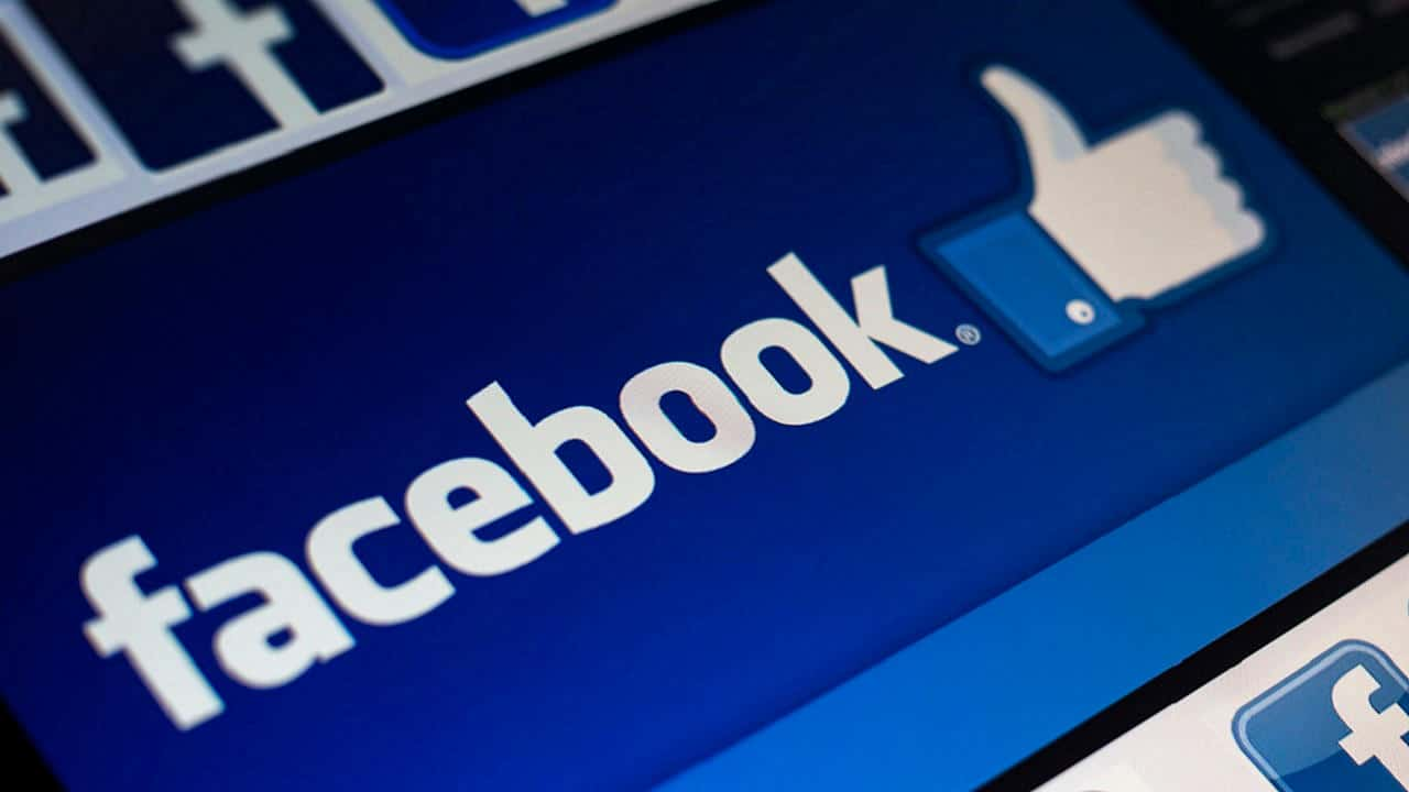 Facebook e errore grammaticale da 100.000 dollari: ecco cos'è successo thumbnail