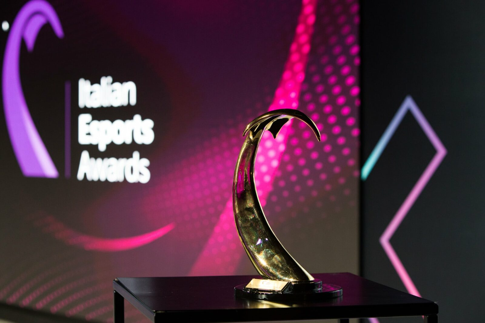 Ecco tutti i vincitori degli Italian Esports Awards 2021 thumbnail